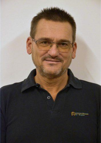 Dr Hans Peter Gugler